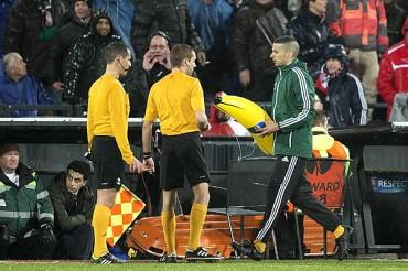 UEFA investigará incidentes del Feyenoord-Roma