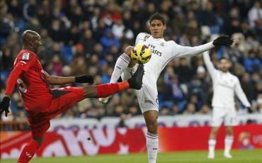El PSG se une a la puja por Varane