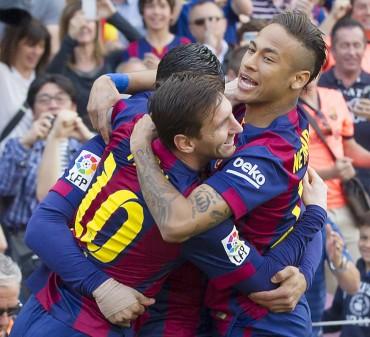 Barcelona con un poco de sufrimiento vence al Valencia y sigue de Líder