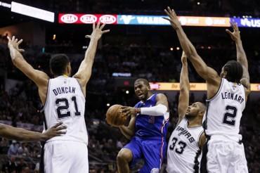 Clippers 114, Spurs 105; 'CP3' emaparejó la serie