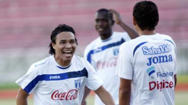Rambo de León ya cumple tres años de no ponerse la camisa de la Bicolor