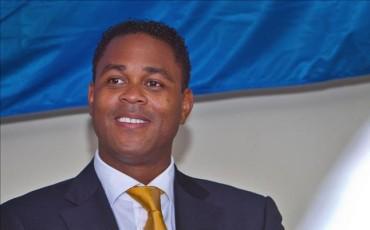 Primer éxito de Kluivert como seleccionador de Curaçao