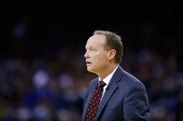 Mike Budenholzer es coach del año NBA