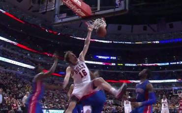 El monstruoso mate de Gasol hunde a los Pistons