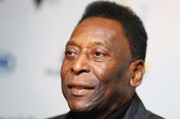 Pelé pidió no se compare a su hijo y nieto con él