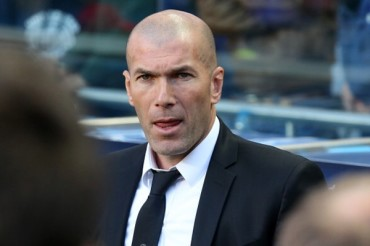 'Zizou' echa de menos jugar fútbol