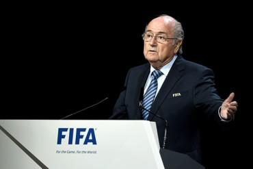Blatter sale reelegido como presidente de la FIFA