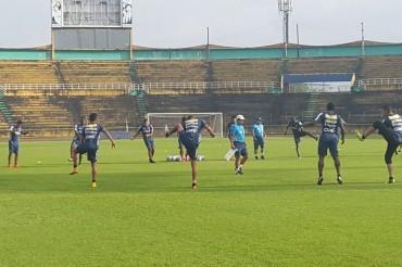 Jorge Luis Pinto comenzó la preparación para los partidos amistosos