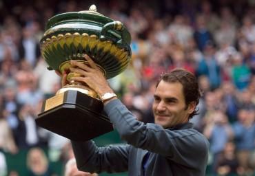 Roger Federer sigue siendo el amo de Halle