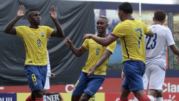 Ecuador cierra su preparación con goleada a Panamá