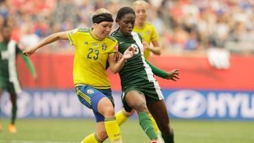 Suecia y Nigeria entregaron un verdadero partidazo en su debut