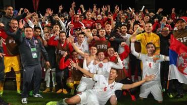 Serbia logró una merecida clasificación al vencer a Estados Unidos