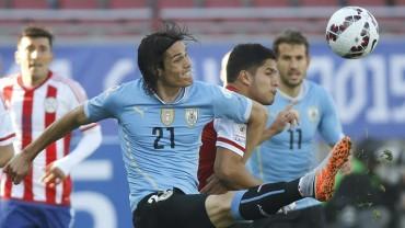 Uruguay y Paraguay festejan la clasificación con un empate