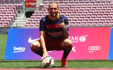 Aleix Vidal vistió por primera vez la nueva camiseta del Barça