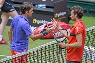 Roger Federer avanza a Cuartos en el torneo de Halle