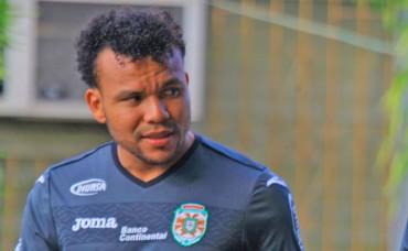 """Emil Martínez: """"No me voy a retirar, decidí seguir jugando"""""""