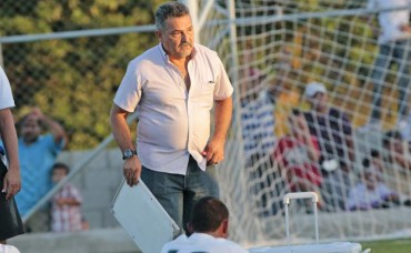 Técnico Roger Espinoza, del Juticalpa, podrá dirigir en el torneo de Apertura