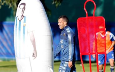"""Tevez: """"El que no quiere a Messi no entiende nada de la vida"""""""