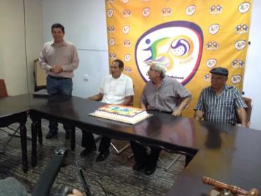 Liga Nacional premia a grandes leyendas del fútbol de Honduras