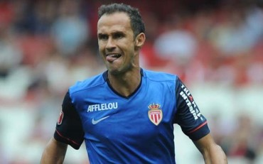 El Mónaco renueva a Carvalho