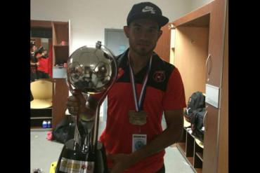 Carlos Discua obtiene su primera Copa con el Alajuela