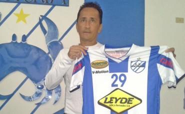 El Victoria por fin renovó contrato con el DT Jorge Ernesto Pineda