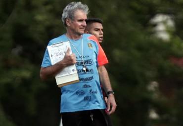 """Mario Zanabria: """"No vendrá nadie al equipo por Mario Martínez"""""""