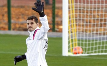 Iker Casillas deja el Real Madrid y ficha por el Oporto