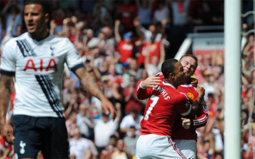 El Manchester United consigue su primera victoria en la Premier