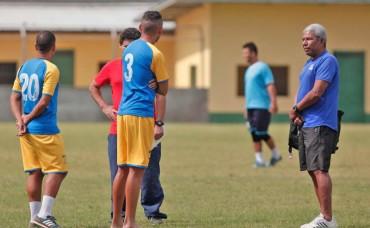 "Hector Castellón: ""Vamos a tratar de ser dignos rivales ante Olimpia"""