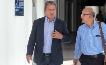 "Jorge Luis Pinto llego a darle ánimos a ""Chelato Ucles"""