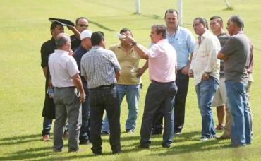 Jorge Luis Pinto está contento por las mejoras al Estadio Olímpico