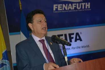 """Alfredo Hawit: """"Mi nuevo mandato bajo la Fenafuth no será nada fácil"""""""