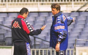"""Stoichkov ataca a Van Gaal: """"Destrozó al Barça y ahora al United"""""""