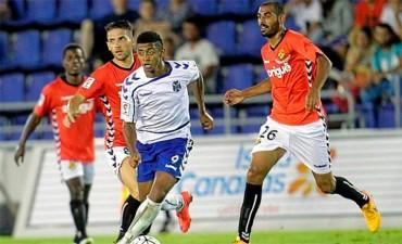 Anthony Lozano, sigue demostrando su gran potencial goleador con el Tenerife