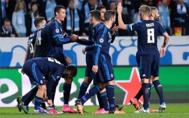 Dos 'fogonazos' de Cristiano salvan al Madrid