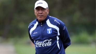 Carlos Tábora tendrá la tarea de dirigir ante México en el Preolímpico