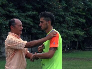 Luciano Ursino realizarán un control médico por su fractura de clavícula