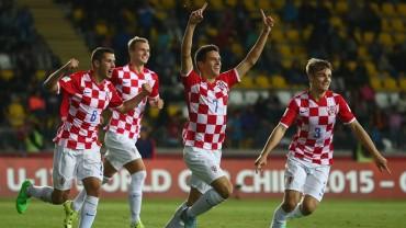 Croacia remonta a Nigeria y clasifica a octavos