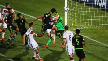 México frena a Alemania y termina primero
