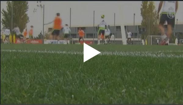 Karim Benzema trabajó de forma intensa durante el entrenamiento del equipo español