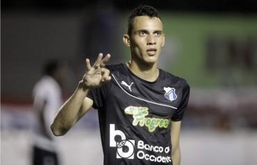 """Ángel Tejeda: """"Se que puedo establecer un récord de goleo en la Liga Nacional"""""""