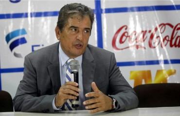 Jorge Luis Pinto dejó claro que el llamado de Andy Najar esta en duda