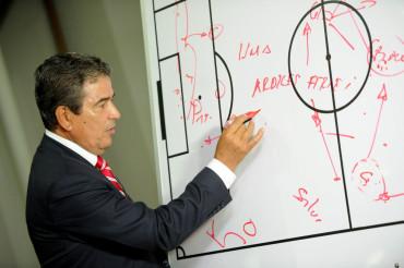 """Posible once titular que Pinto iniciara su batalla con la """"H"""" ante Canadá"""