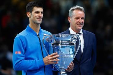 Djokovic recibió título como número uno del mundo