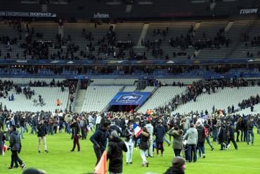 Francia prohíbe desplazamiento de aficiones rivales