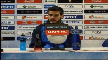 Víctor Rodríguez se quedó sorprendido al ver a los disfraces del Barça