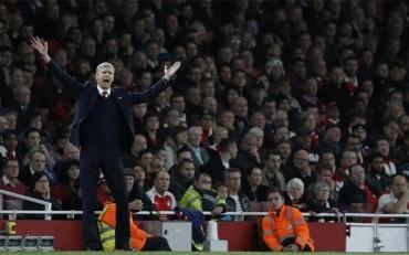 Arsene Wenger, mejor entrenador del mes de octubre en la Premier