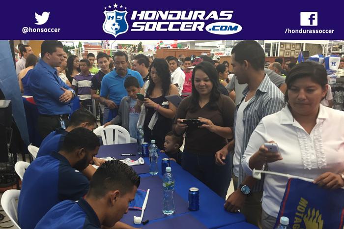 Jugadores de Motagua firmaran autógrafos para su noble afición