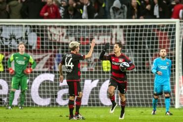 Bayer Leverkusen queda eliminado de la Champions al empatar ante Barcelona